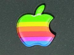"""苹果 iPhone 9 发布日期精确到 4 月 3 日,小屏""""专宠""""真的来了?"""