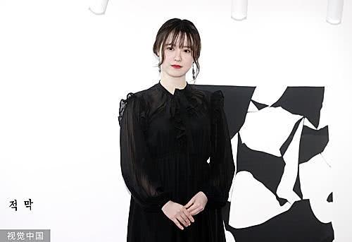 韩国女演员出版小说 韩媒:故事源自真实恋爱经历
