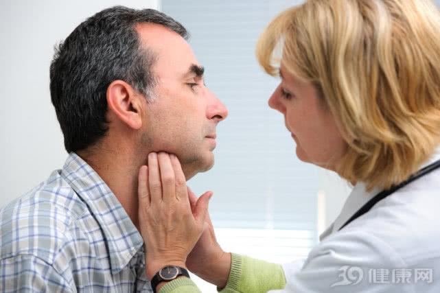 慢性咽炎久治不愈,会成癌吗?坦白说:3个风险才需要你重视