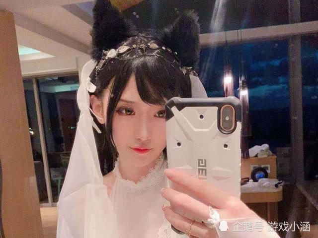 腐团儿晒商单拍摄照片,仙女装扮真的美,两个狐狸耳朵是点睛之笔