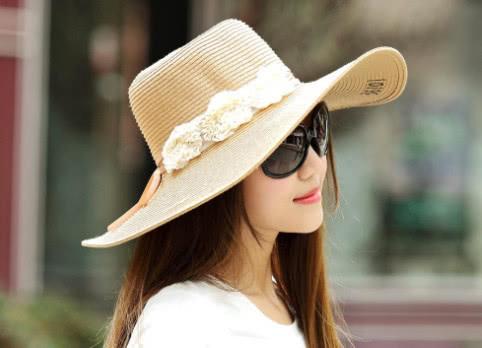 心理学:哪款遮阳帽你最喜欢?测你下半年的命运,超准!