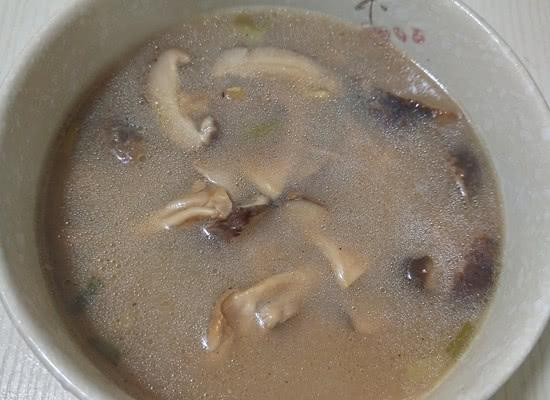 三伏天多喝这个汤,被称为水中人参,孩子常吃头脑聪明,个头猛蹿