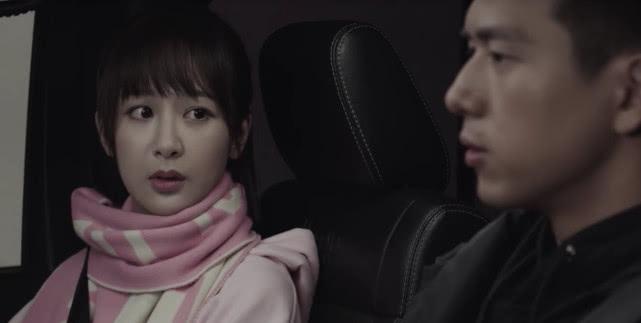 亲爱的热爱的:韩商言佟年甜蜜约会,被打扰后一脸的怒气!