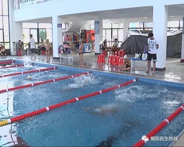 夏天游泳遇溺水,专业人士教你科学施救