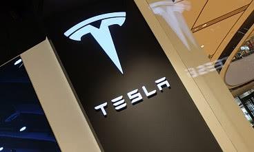 进口版特斯拉Model3再度降价 价格35.59万起