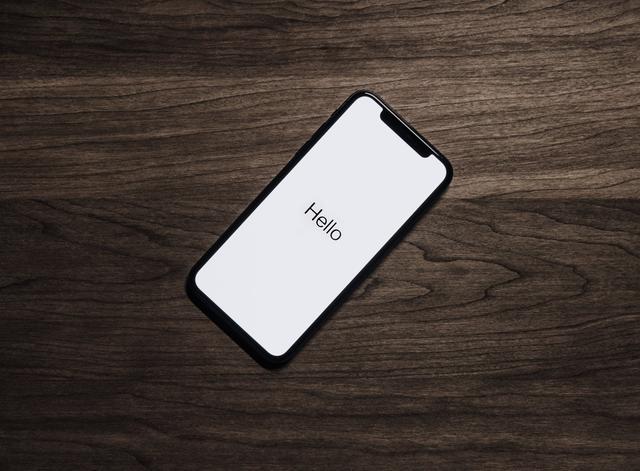 手机硬件终于不涨价了,为啥手机价格不降反而上升呢?
