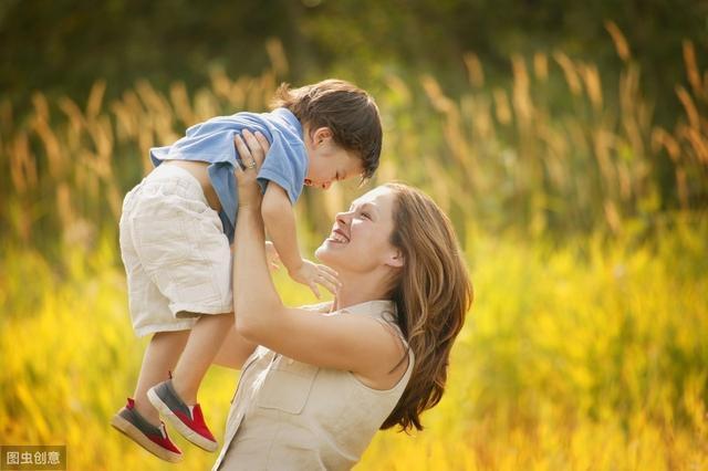 """""""大暑""""节气帮孩子补好脾和肺,让孩子在秋天少生病,健康成长"""