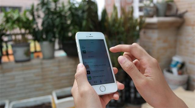 可折叠iPhone和iPad正在开发中,最快2021年发布
