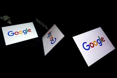 """担心被""""抹黑"""" 特朗普警告:我正密切关注谷歌"""