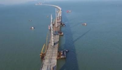 中国再接百亿工程,500吨巨物打入海底120米!美日搞不定直接退出