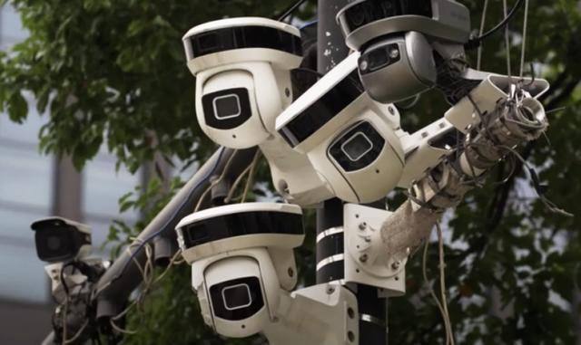 中国监控世界之最料3年后1镜头监视2人