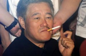 他本是赵本山的保镖,却因为赵本山的提携,如今有了上亿身家