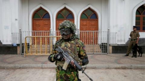 连环爆炸恐袭阴影渐散 斯里兰卡结束全国紧急状态