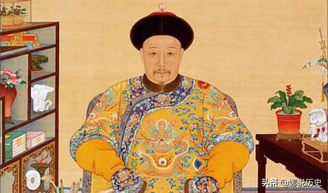 乾隆退位后,3年的太上皇生活如何度过?防嘉庆、纳晋妃、坑和珅