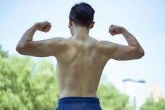 三大项虽是增肌必练项目,但它对健身有这样的好处