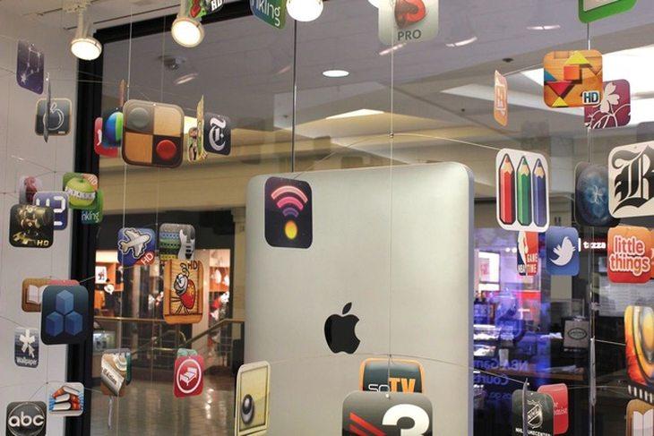 苹果开始采用3D橱窗装饰苹果实体零售店