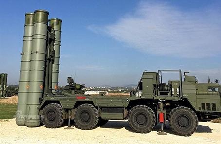 俄军驻北极部队列装S400导弹 将投入战斗值勤