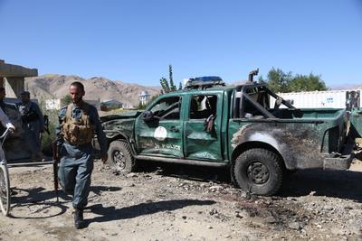 塔利班干扰选举袭击致死至少40人
