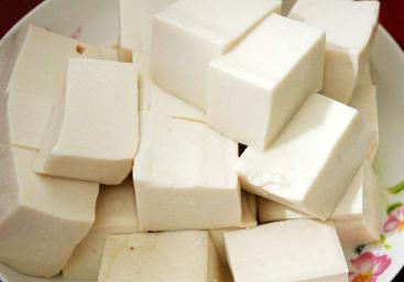 中医养生:痛风患者应该怎么吃?不能吃豆腐?
