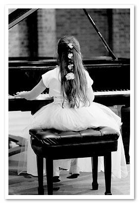 浆果小课堂弹钢琴的入门弹奏法