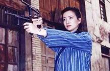 她是孙中山的女保镖,敢用枪指着老蒋的头,老蒋敢怒不敢言