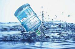 烧开的自来水、纯净水、矿泉水,这3种水长期喝,究竟哪种好?