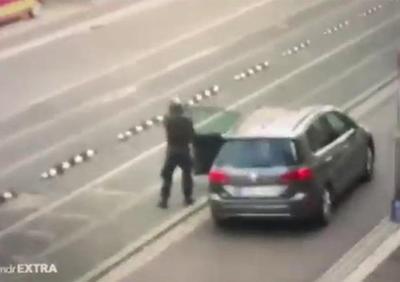 哈勒枪击事件视频公开
