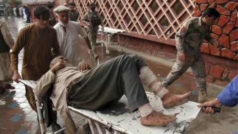 阿富汗东部一清真寺发生爆炸 遇难人数升至62人