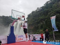 2019—2020年度黄果树杯CBA季前赛(安顺赛区)扣篮表演举行