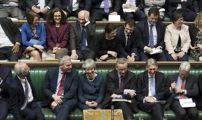 """322:306,英国脱欧再次延期,首相约翰逊""""匿名""""致信欧盟"""