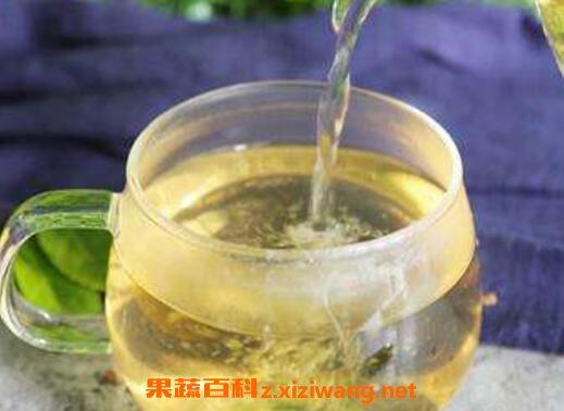 荷叶冬瓜汤能清理体内的宿便,有利水消肿作用