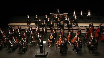 中国爱乐乐团亮相雅典,《春日》开篇,《良宵》奏雅,千年古城续写新篇