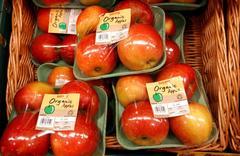 苹果、柑橘打蜡吃了容易闹肚子?别担心,洗净吃或去皮吃没问题!