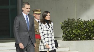 西班牙国王夫妇首次正式访古巴