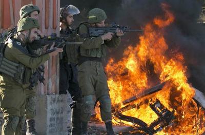 巴武装反击愈演愈烈,发射近200枚火箭弹,防空警报响彻以色列