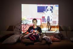 机器人、动漫主角、电子狗,人类为什么会爱上虚拟伴侣?