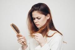 甜食、油炸食品导致脱发?苹果、鸡肉预防脱发?
