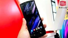 Motorola Razr 折叠屏上手:经典与未来融合