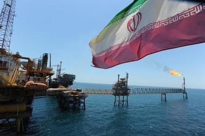 伊朗汽油涨价引民众不满,爆发激烈冲突,美媒:这是美丽的风景线