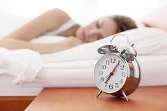 睡觉时长超过这个数,早死风险更高!最佳时间是……