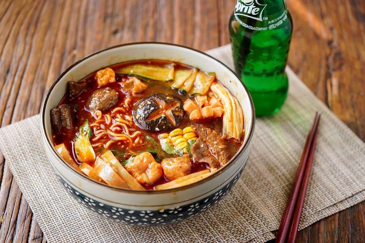 韩媒:麻辣烫、麻辣火锅成韩国今年人气餐饮