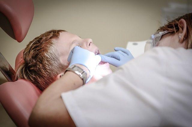 补完牙多久可以吃东西?拔牙后如何保养牙齿