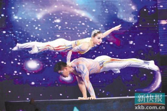 """广东省文联""""新世纪之星""""艺术展演唱颂时代华彩"""