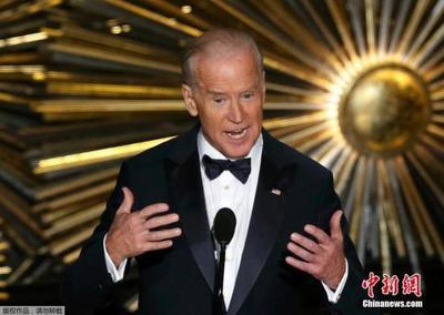 """美民主党总统竞选人第五场辩论:一场没有领跑者的""""突围"""""""