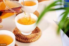 茶叶泡久了养生效果差,很多人却选择煮茶,这是为何?里面学问大