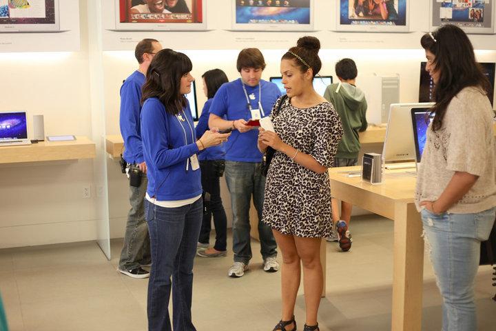 苹果:iPhone 等产品售后一直在亏钱