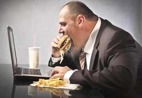 倩狐减肥:肚子肥胖的原因及对应的减肥方法