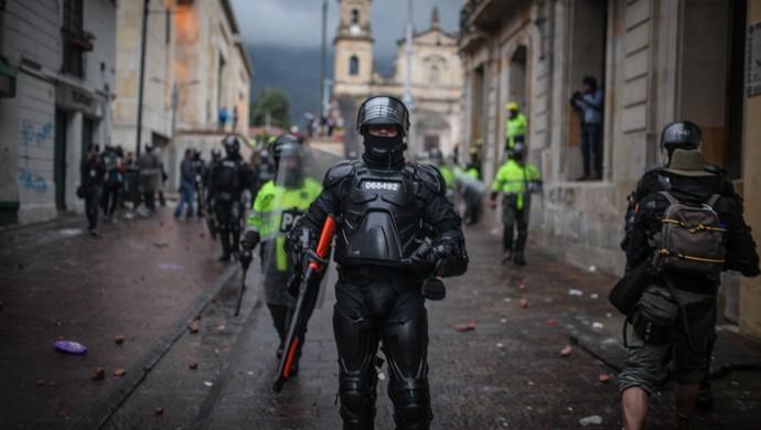 又一个拉美国家乱了?哥伦比亚爆发全国性罢工