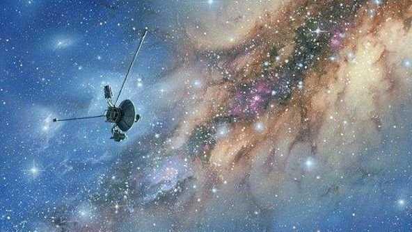 龙隐藏在太空?旅行者2号捕捉到一幅画面,传递了什么神秘信息