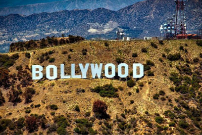 """印度奸杀犯逃跑被击毙 宝莱坞明星赞警察是""""英雄"""""""